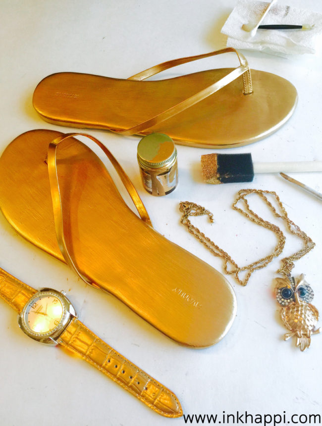 II love accessories and I also love gold gilding paint! Check out how I gave my wardrobe a make-over!