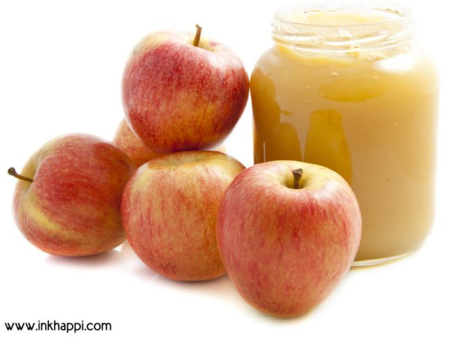 How to make homemade applesauce and about different varieties of apples. #applesauce #varietiesofapples #homemadeapplesauce #apples